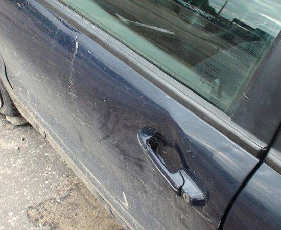 """В Минске пьяный """"бесправник"""", удирая от ГАИ после ДТП, несколько раз зацепил патрульный автомобиль"""