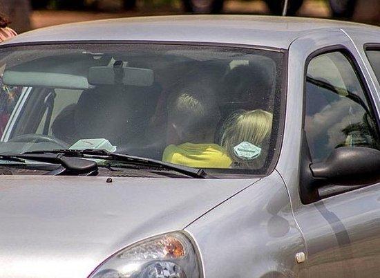 В ЮАР учительница младших классов повезла 19 детей в Renault Clio