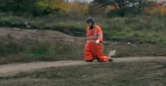 Оранжевая реальность: 17,4 километра: харьковчанин 5 часов на коленях полз в поликлинику, чтоб продлить больничный (Видео)