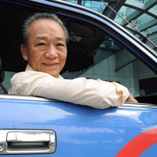 Cингапурский таксист вернул пассажирам забытые в  900 тыс. долларов