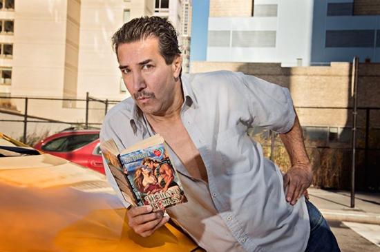 Нью-йоркские таксисты снялись для антигламурного календаря